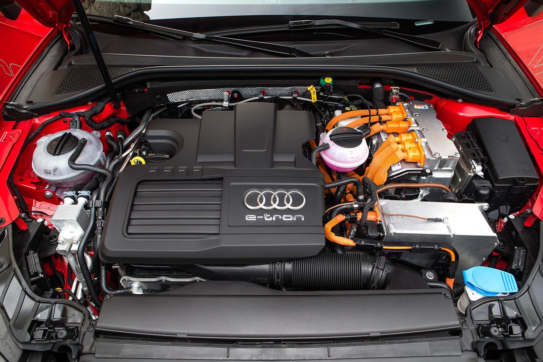 2015-Audi-A3-sportback-e-tron-engine