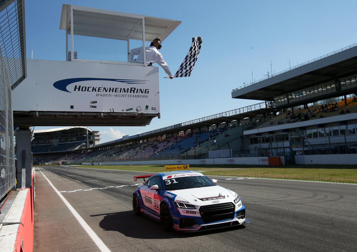 Audi TT cup #31, Sheldon van der Linde